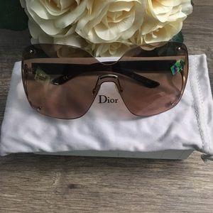 Dior sunglasses Authentic